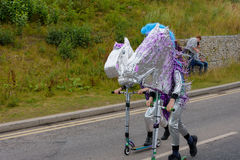 Karnevalet av jättefestivalen ståtar i Telford Shropshire Royaltyfri Fotografi