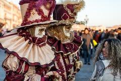 Karnevalet maskerar i Venedig, Italien Royaltyfri Bild