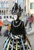 Karnevalet Venezia, kostymerar och maskerar 11 Arkivbilder