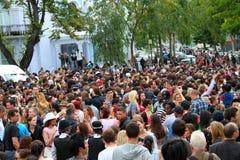 karnevalfolkmassakull som notting Arkivbild