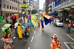 karnevaljoburg ståtar gatan Royaltyfria Bilder