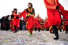 karnevalmoncalierien ståtar gatan turin Arkivbilder