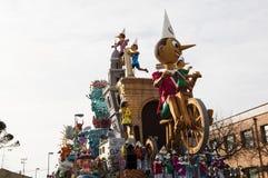 Karnevalpinocchiomaskering 2014 Arkivfoton