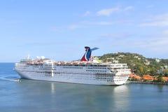 Karnevals-Faszination - Karibikinsel-Kreuzschiff-Ferien stockbilder