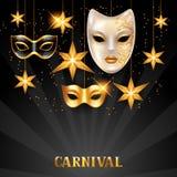 Karnevalseinladungskarte mit goldenen Masken und Sternen Feierparteihintergrund Stockbild