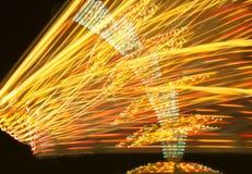 Karnevalsfahrt nachts Stockfoto