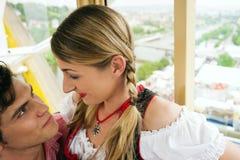 Karnevalspaare - Riesenrad Lizenzfreie Stockfotos