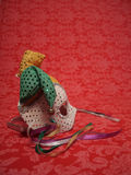 Karnevalsschablone auf Rot 4 stockfoto