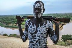 Karo-Stamm in Omo-Tal, Äthiopien Stockbild