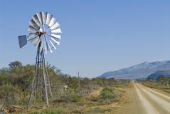 Karoo Windpump Fotos de Stock Royalty Free