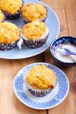 Karotte und orange kleine Kuchen Lizenzfreie Stockfotos