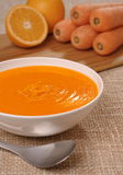 Karotte und orange Suppe Lizenzfreie Stockfotografie