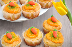 Karotten-kleiner Kuchen Lizenzfreies Stockbild