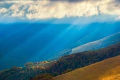 Karpatische berg valley_8 Royalty-vrije Stock Foto's