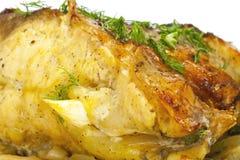 Karpfen gebacken mit Gemüse, Nahaufnahme Lizenzfreie Stockfotos