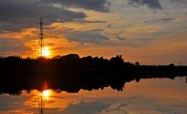 Karpiowy Połów jezioro z zmierzchem Fotografia Stock