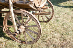 Karretje houten wiel Royalty-vrije Stock Afbeeldingen