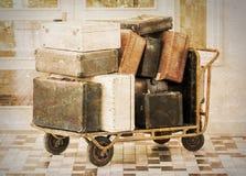 Karretjehoogtepunt van oude bagage Royalty-vrije Stock Afbeelding