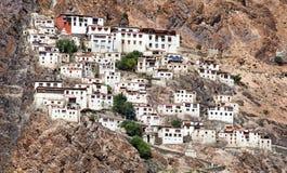 Karshagompa - boeddhistisch klooster in Zanskar-vallei stock afbeeldingen