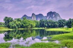 Karst-Bildung, Yingde Mini-Guilin Stockfoto