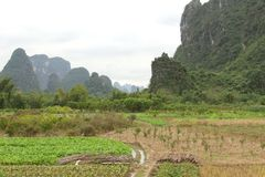 Karst mountains between Yangshuo and Guilin in China Stock Photos