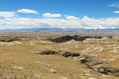Karstlandform i Tibet Royaltyfri Fotografi