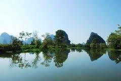 Karstlandskap i Guilin, Kina Royaltyfri Foto