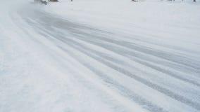 Kart che corre sul lago congelato stock footage