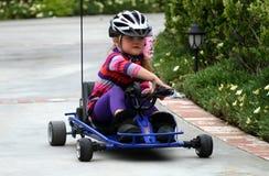 Kart d'équitation de fille image libre de droits