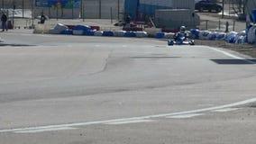 Kart en pista del deporte almacen de video