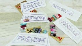 Karta do gry i żeński manicure zbiory