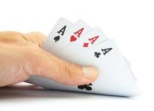 Karta do gry w ręce odizolowywającej Obrazy Royalty Free