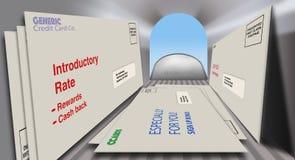 Karta kredytowa oferuje i promocje w kopertach zobaczą od wśrodku skrzynki pocztowej patrzeje zewnętrzne Zakończenie w górę, szer ilustracji