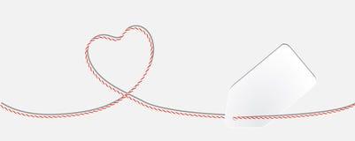 Karta z dratwy koronki sercem i białego papieru etykietką Obrazy Stock