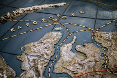 Karte 3D des russischen Nordens mit Schiffswegen schließen oben Stockbild