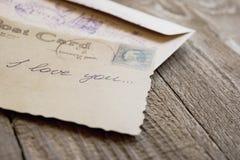 Karte mit einer Liebeserklärung handgeschrieben Lizenzfreies Stockbild
