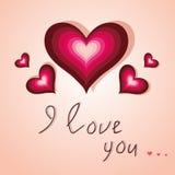 Karte mit Herzen ich liebe dich auf hellrosa Hintergrund Stockfoto