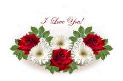Karte mit roten Rosen und weißen Gerberas auf einem weißen Hintergrund Stockfotografie