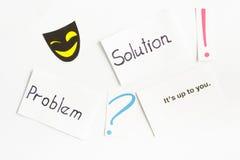 Karte mit Wörtern u. x22; problem& x22; u. x22; solution& x22; , Fragezeichen, Ausrufezeichen Lizenzfreies Stockbild