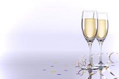 Karte mit zwei Gläsern Champagner Lizenzfreies Stockfoto