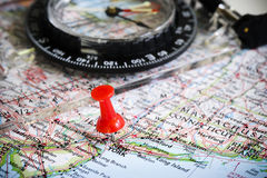 Karte und Kompass Stockfoto