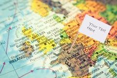 Karte von Frankreich mit weißer Flagge Stockfotos