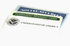 Karten des permanent Ansässiger und der Sozialversicherung Stockbild