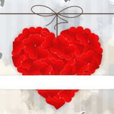 Kartenschablone mit großem rotem Herzen Lizenzfreies Stockbild