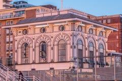 Kartenschalter für den Aussichtsturm 360i in Brighton - BRIGHTON, VEREINIGTES KÖNIGREICH - 27. FEBRUAR 2019 lizenzfreie stockfotos