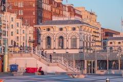 Kartenschalter für den Aussichtsturm 360i in Brighton - BRIGHTON, VEREINIGTES KÖNIGREICH - 27. FEBRUAR 2019 lizenzfreie stockfotografie