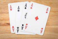 Kartenspiel-Ace-Pokerrot Stockbilder