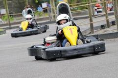 karting的孩子 库存图片