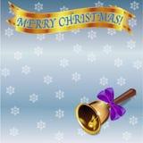 Kartka bożonarodzeniowa szablon z złotym sztandarem, boże narodzenie dzwonem i płatkami śniegu, Obrazy Royalty Free
