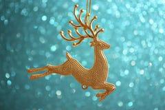 Kartka Bożonarodzeniowa - Złoty Reniferowy ornament Fotografia Royalty Free